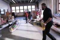 Поездка  за каяками в Финляндию. На складе. Готовим лодки к транспортировке.