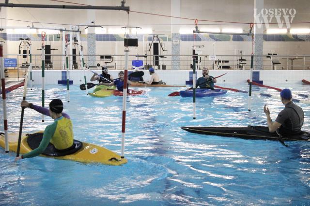 Тренировки в бассейне, март 2021.