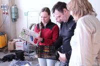 Поездка  за каяками в Финляндию. На складе. Читаем каталог продукции компании Winner kayak