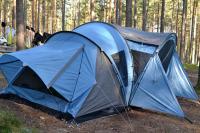 Палатки участников сборов с каждым годом становятся все больше. Посмотрим как на счет мастерства)))