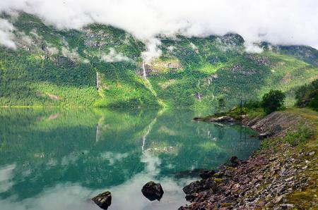 На фото: Норвежские фьорды