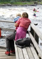 РОДЕО-СБОРЫ в Августе 2013, Финляндия(Лиекса). Лешина мама и младший брат наблюдают за тренировкой.