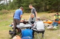 Выезд в Норвегию 2013года. р. Фолла. Готовим обед.
